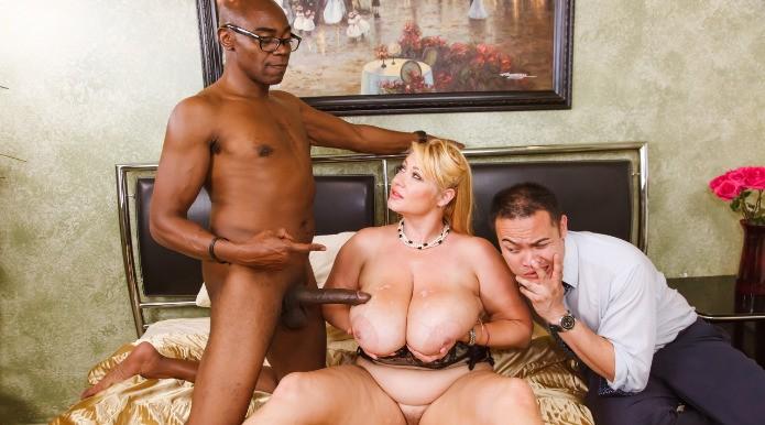 смотреть в онлайне порно большие сиски