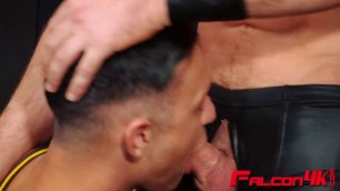 Woody Fox Enjoys Blowing And Banging With Hot Stud