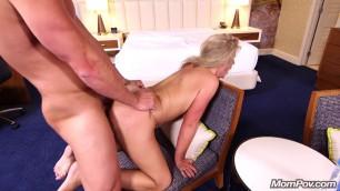 E408 Tiffani Mommy With Big Natural Tits Sucks Dick