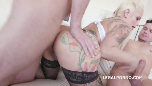 DAP DP Porn Lovey dovey Blonde Tattoo Asshole Candela X in Gangbang