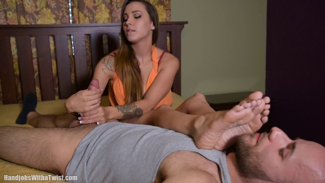 Sasha Foxxx SilverCherrys Handjobs With a Twist Foot Fetish Tease Handjob Clips4sale