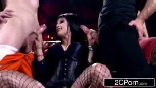 Sexy Elvira the Mistress Midnight Madness w Gorgeous Horror Hostess Katrina Jade