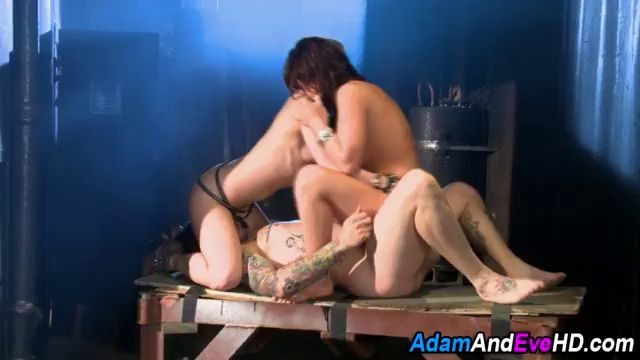 Sexy busty vampires fuck Awesome porn