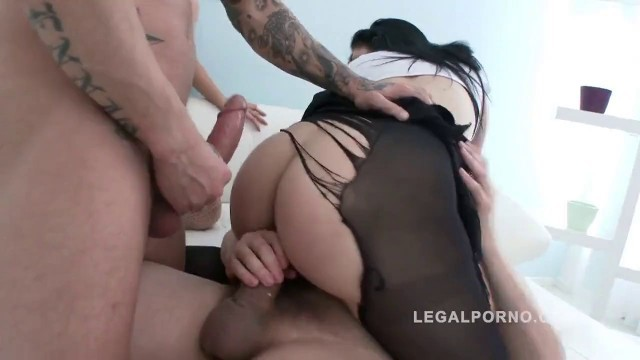 Big Ass Bitches Chrissy Fox and Alex Black in Lingerie Sex Party