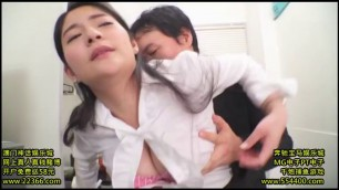 PPPD 573 Meguri Japanese woman with big breasts allows her to caress her
