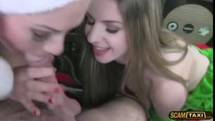 Verträumte Babes Amber Nevada und Stella Cox bitte einen glücklichen Jungen zu dritt