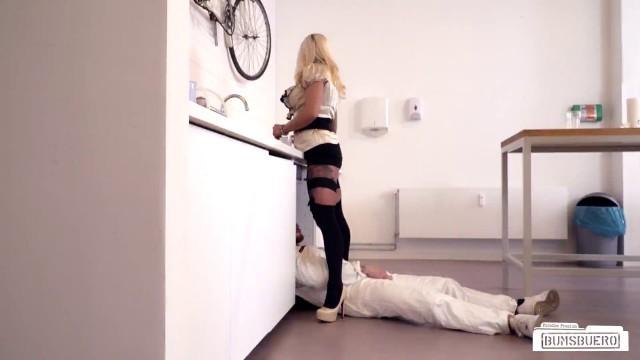 Big Dick In Wife Fit Xxx Sandy Pierced German Secretary Sucks And Fucks Janitor