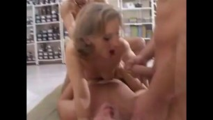 Orgy Double Penetration On A Mat