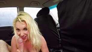 Bombshell Victoria Summers Straddles Driving Instructor