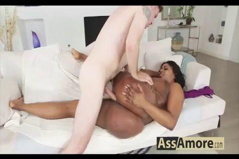 Bio Victoria Cakes Butt Big Enough