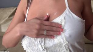 Nikki Sims Helping Hand Hd Porn
