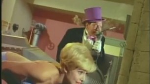 Batman 1966 S1E34 Batman Makes the Scenes