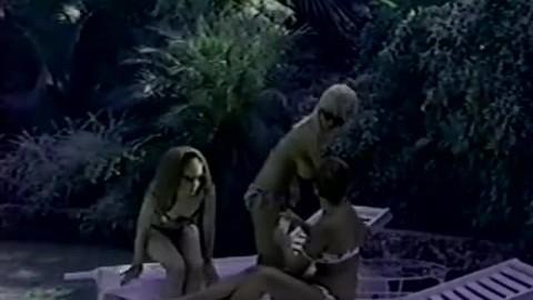 Stunning Nudist Girls Relaxing without Men