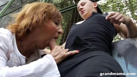 Granny-sex 👵 Granny