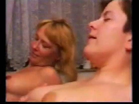 Mature Lesbian Seduce Teen Hd