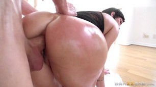 shay fox Hot fuck a milf in a beautiful big ass