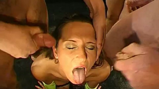 GGG Melanie Moon Sperma Titten Superstar