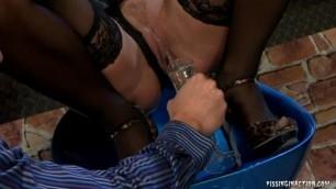 113 Nataly 26720p807 Top Notch Piss Service At This Bar 10 12 2010