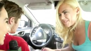 Amazingly Hot Blonde Sucking Dick In Car For Cash Stunt
