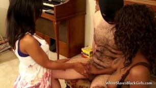 Ebony�s Give A Handjob To A White Slave