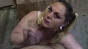 Cum shower for mature busty BBW Ilonka