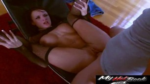 Alektra Blue filled with sexual energy as she shows off her athleticism