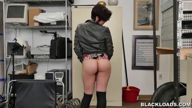 Blackloads White Girl Takes A Black Load Sydney Sky Sucking My Brother Dick