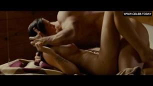 Elizabeth olsen explicit fuck scenes huge boobs zeina topless oldboy 2013