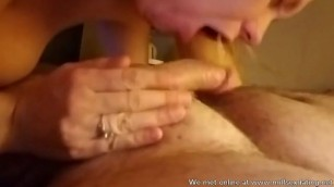 MILF from Milfsexdating Net says she doesnt know how to suck