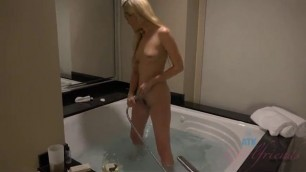Lyra law sexy blonde has her tight vagina filled with cumshots