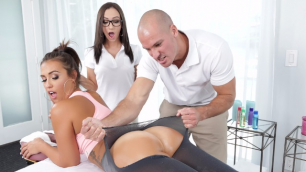 Brazzers - Stepsibling  Lily Jordan Kelsi Monroe If  You Want To Massage My Ass Rip My Pan