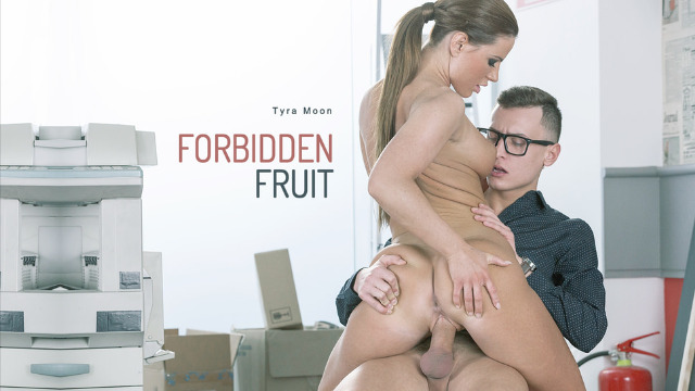 Babes - Perfect Brunette Tyra Moon Always Wanted To Try Forbidden Fruit
