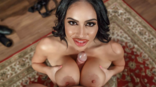 Brazzers - Buxom Victoria June Want Hot Mic