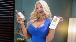 Nicolette Shea Can Barely Contain Herself In Always Read The Instructions