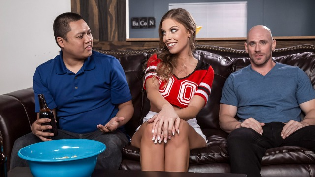 Britney Amber Is Doing Her Best In Game Day Dicking
