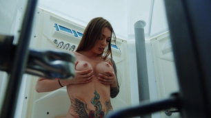 Mofos - Beach Bathroom Fuck With Misha Maver