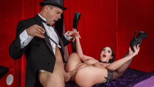 Brazzers - Magic Anal  Tricks And Acts In The Magician's Ass-istant With Angela White