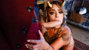 Liza Del Sierra Will Fuck And Suck In Nevermore Episode 2