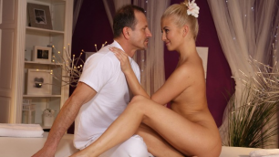 Massagerooms - The Girl In Oil Moans From Dick Cayla Lyons