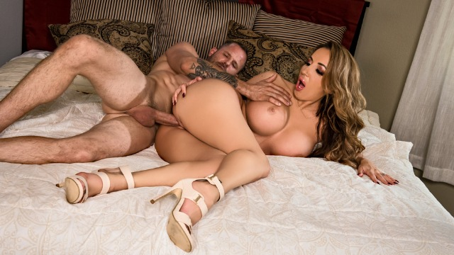 Brazzers - Richelle Ryan Takes It Upon Herself In An Alarming Affair