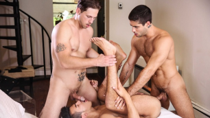 Men - Two Timing Whore Diego Sans , Leo Fuentes , Roman Todd Three Hot Boys