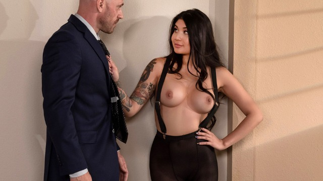 Brazzers - Fucking My Boss's Daughter Brenna Sparks