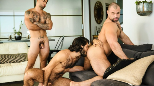 Men - 2 Bottoms, 1 Top Diego Sans , Jaxx Thanatos , Vadim Black In Dirty Sex Trip