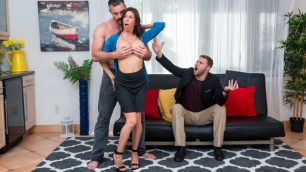 Reality Kings - Garden Busty MILF Alexis Fawx