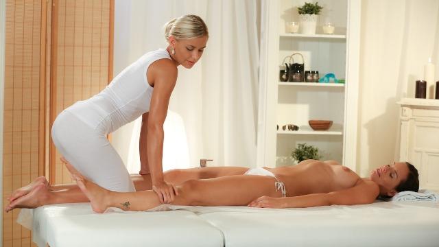 Massageroom - Kari Maddie On Lola Myluv Wet Massage