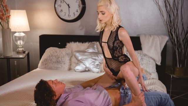 Danejones - Slim Blonde Mia Casanova Cute Babe