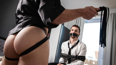 Men - Michael Boston Catches William Seed And Invites Him To Stay And Play