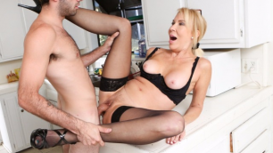 Devils Film - Horny Grannie Erica Lauren Love To Fuck On All Holes 12