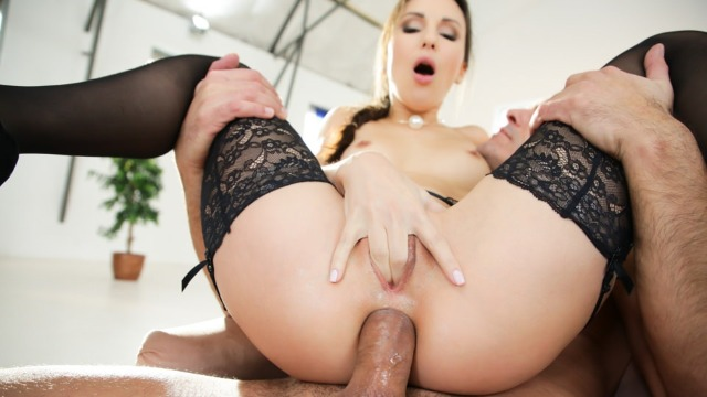 21Sextury - A Whole New Ass Lilu Moon's Make An Impression
