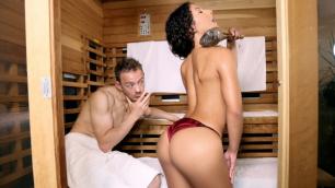 Mofos - Liv Revamped Seduces In The Sauna